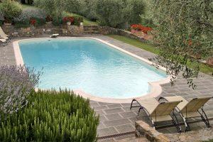 833282631manutenzione-piscina-interrata